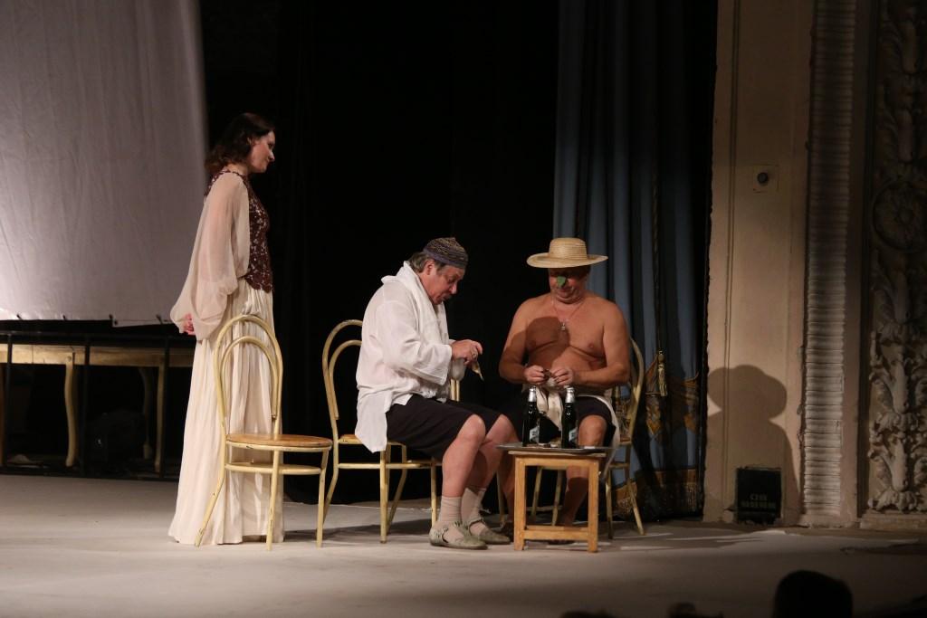 Секс в театре на сцен